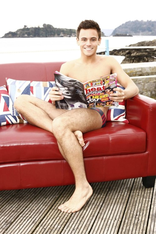 ahhh, jealous! i wish i was reading Heat magazine!