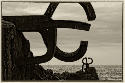 Los Peines al Viento, Chillida ( San Sebastian ) II by galileo1657 on Flickr.