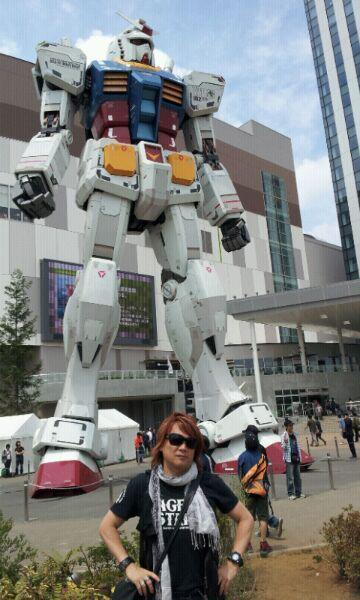 I've met real Gundam for the first time. -Hironobu Kageyama