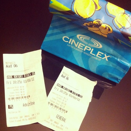 Movie with the cousins! 👍#batman #darkknightrises #popcorn #cineplex  (Taken with Instagram)