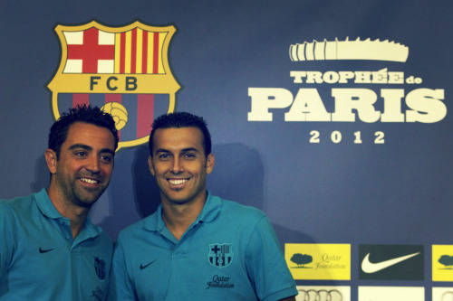 ohmocmocguaje73:  Xavi and Pedro at press conference before PSG - Barca game 04.08.12