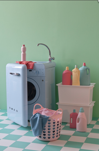 Chrissie Cremers' Editorial Interiors: lovely pastel laundry