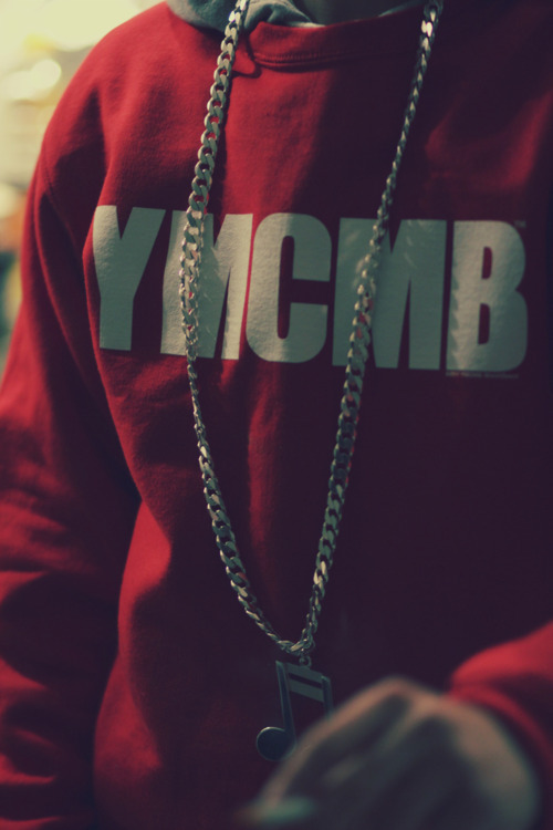 killahweezy:  YMCMB sweater!