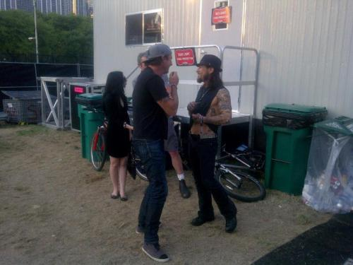 redhotchilipeppersfansite:  Chad Smith with Dave Navarro at Lollapalooza!