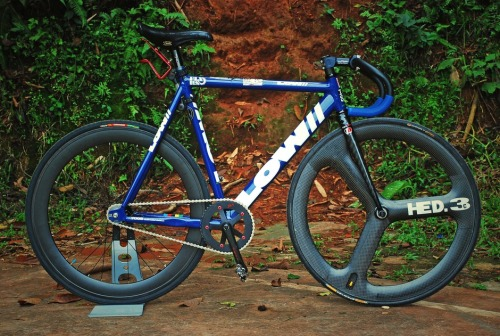 For Sale: Frame:54cm LOW Pursuit Fork/Headset:Leader 105TR / Tange Seiki Techno Glide J-2 Crankset/Bottom Bracket:Sugino 75 ZEN Messenger Edition / Sugino 75 Superlap Pedals:Shimano Deore XT Clipless Pedal + Mavic Tempo Contagrip Shoes Drivetrain/Cog/Chainring/Chain:48-17 / Philwood 17T / Sugino ZEN Messenger Edition 48T / Izumi Silver Handlebars/Stem:Deda Pista Trackbar w/ Strong-V Blue Grips / Deda Pista Newton Saddle/Seatpost:San Marco Concor Supercorsa Black Suede / Thomson Elite Front Wheel/Hub/Tire:HED3c / Hed / Continental Sprinter Rear Wheel/Hub/Tire:Carbon Rims / PhilWood / Vittoria Randonneur 28c Accessories:Minoura Bottle Cage, Micro-Flare More Info:27955B1A