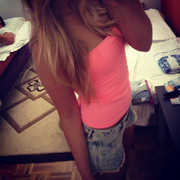 #me #girl #blonde #sarajevo #bosna #bosnian #mirror #instagood #pink #denim #shorts #hi #summer  (Taken with Instagram)