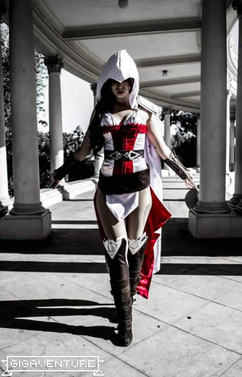 uh yea this is dope love assassins creed and love sexy ass girl assassins