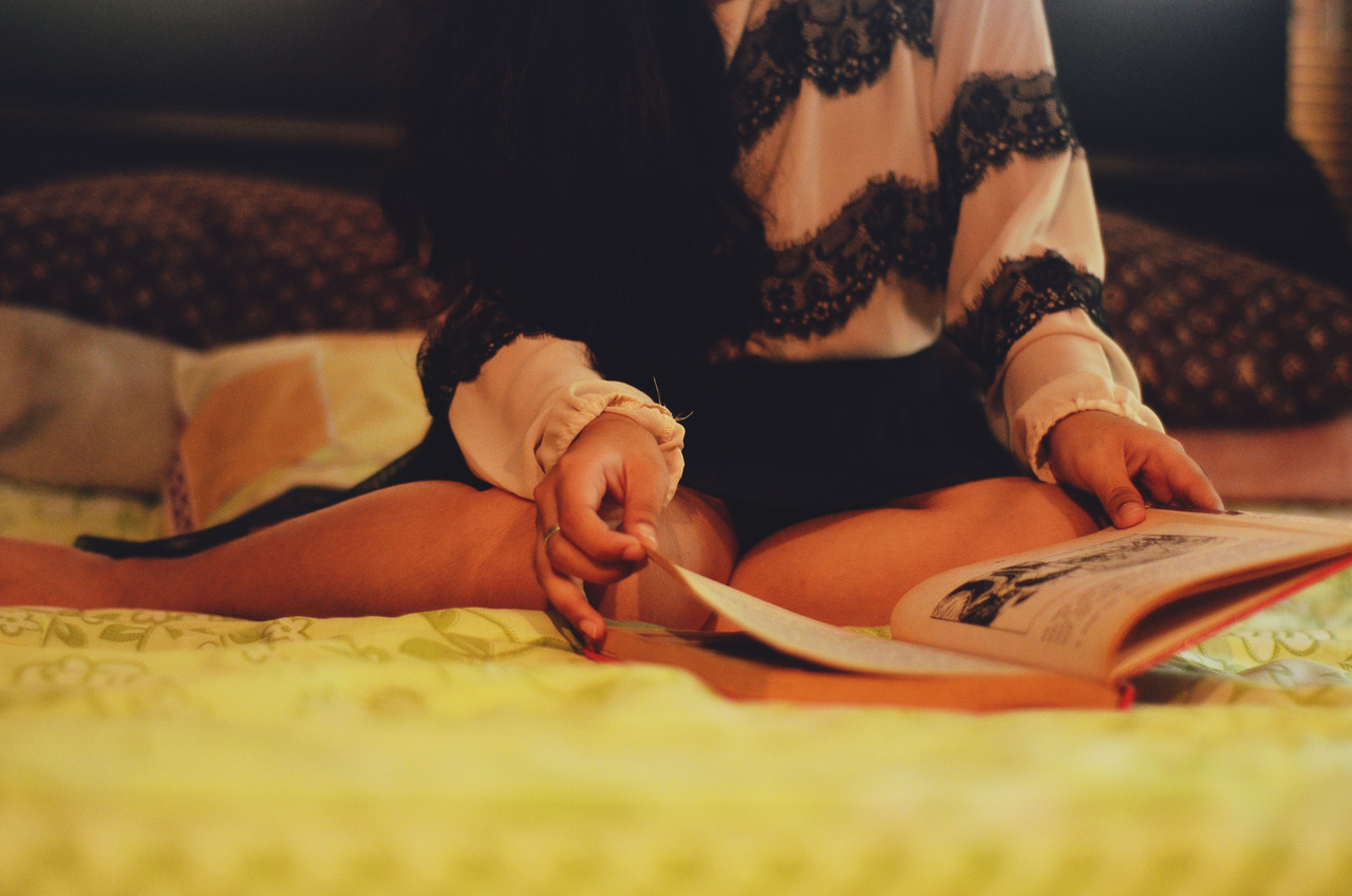 punchandkiss:  Its amazing how books can take us to another world without having to ride an aircraft