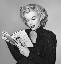 theniftyfifties:  Marilyn Monroe reading a magazine on the set of 'Gentlemen Prefer Blondes', 1953.