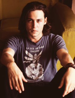 49/50 pictures of Johnny Depp
