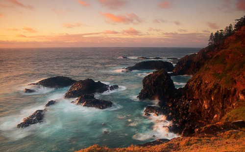 Norfolk Island Sunrise (by Steve Daggar)