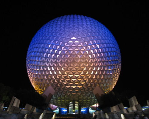 the-nerding-nerd:  Spaceship Earth