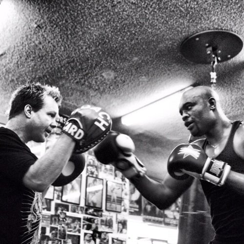 mmafanmade:  Exclusive cool image. Anderson Silva training with Freddie Roach.  Photography by: Eric Williams