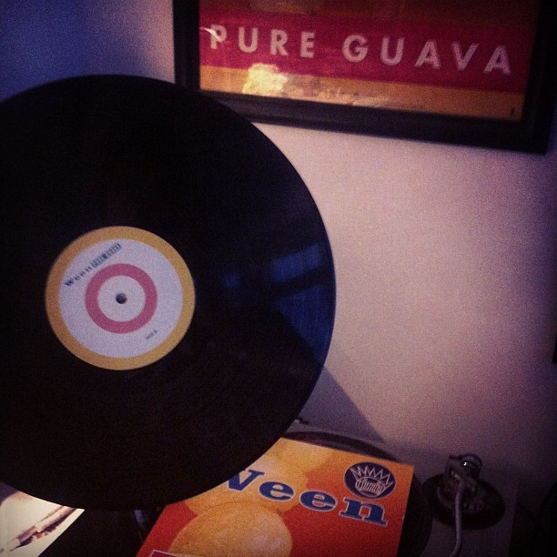 #ween #pureguava #vinyl #vinyligclub #best #album #ever #boognish #yourethebestaround #music  (Taken with Instagram)