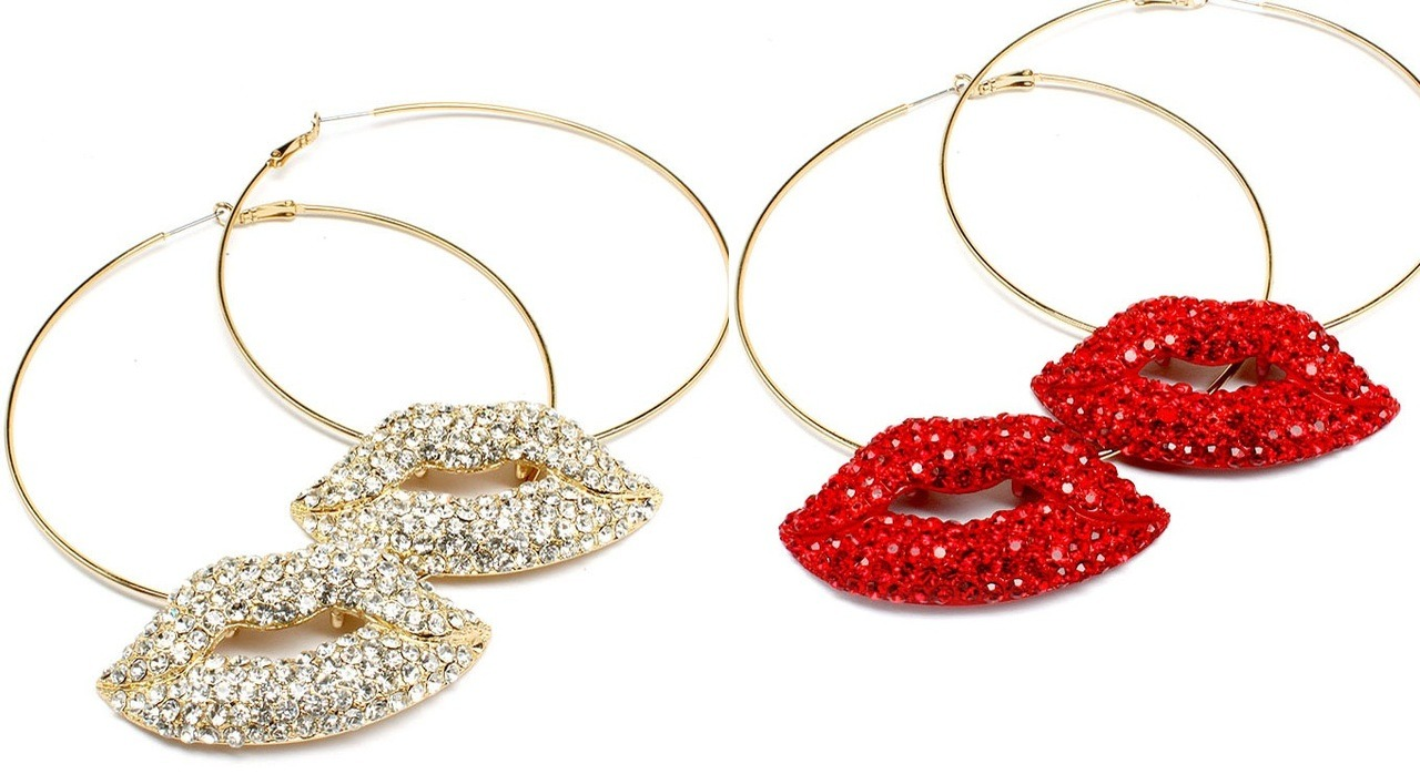 "Haute! Perfect Diva Accessory to say ""Im Here Damn it!"" Get these at VintiCouture.com"