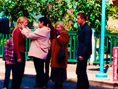 stormborns:  trollginamills:   your 1st look at #onceuponatime season premiere Charming family reunion w/ @ginnygoodwin @joshdallas @jenmorrisonlive (x)