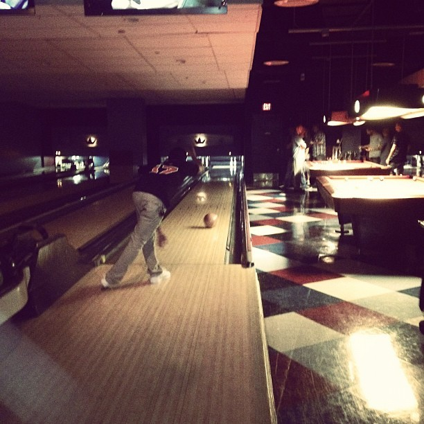 killin' it after like yrs worth of a bowling hiatus! #TipsyBowlingFTW (Taken with Instagram at Splitsville hannelsideC)