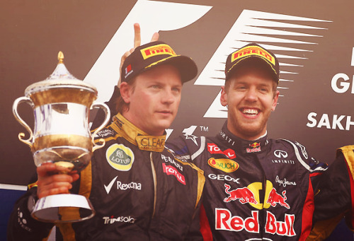 100/100: Kimi Raikkonen because that's the way I like him, on the podium, awkwardly holding a trophy (a bigger one, to be honest, but it'll come). Sebastian being adorable is a great bonus. Keep flying, Iceman!