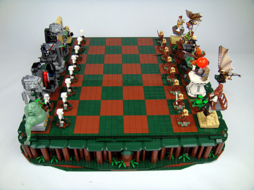 This Return of the Jedi chess set is the only way to place chess. And hey, if you get angry, you can just break the pieces. via Nerd Approved