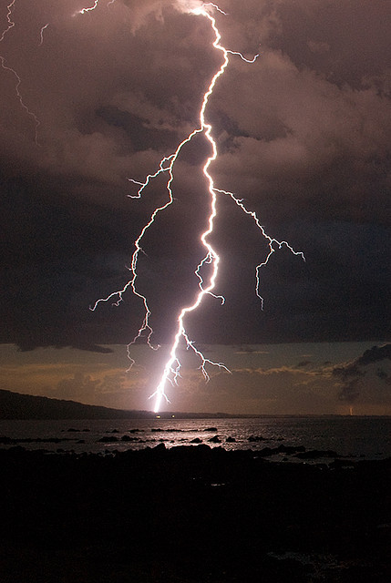 futuram-a:  Lightning Bolt over Waratah Bay by Diamond Hoo Ha Man