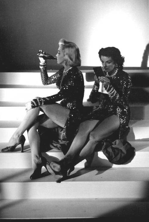 "justmarilynmonroe:  1953, ""Gentlemen Prefer Blondes"" breaking with Jane Russell"