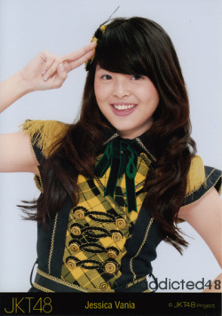 @jcvanJKT48's Photo in Yellow Seifuku 1