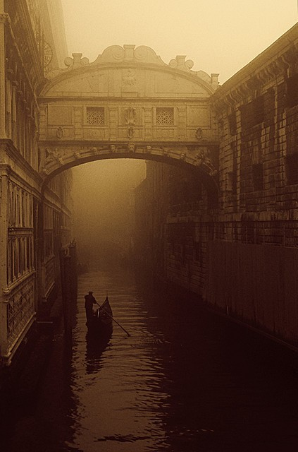 sphinxnomore:  The Bridge of Sighs