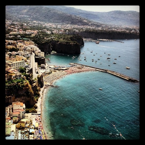 Sorrento Italy #travel #webstagram #iphone #naples #italy #mytravelgram #design #instagramers #instahub #follow #sorrento #water #ocean #beach #boats (Taken with Instagram at Sorrento)
