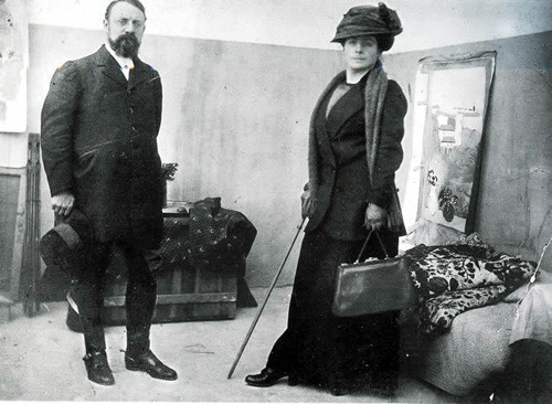 "Matisse with his wife Amélie Parayre Matisse was so committed to his art that he extended a warning to  his fiancée, Amélie: ""I love you dearly, mademoiselle; but I shall always love painting more."" src"