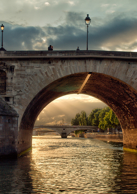 bluepueblo:  Romance, River Seine, Paris, France  photo via visit