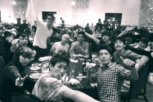 @donghae861015 We are Super Junior !! I  SJ Thank's Japan !! Good night !!