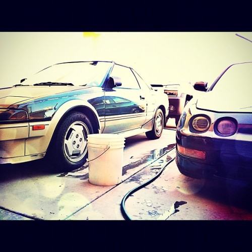Finally gonna wash both my cars today! #toyota #mr2 #acura #integra #db8 (Taken with Instagram)