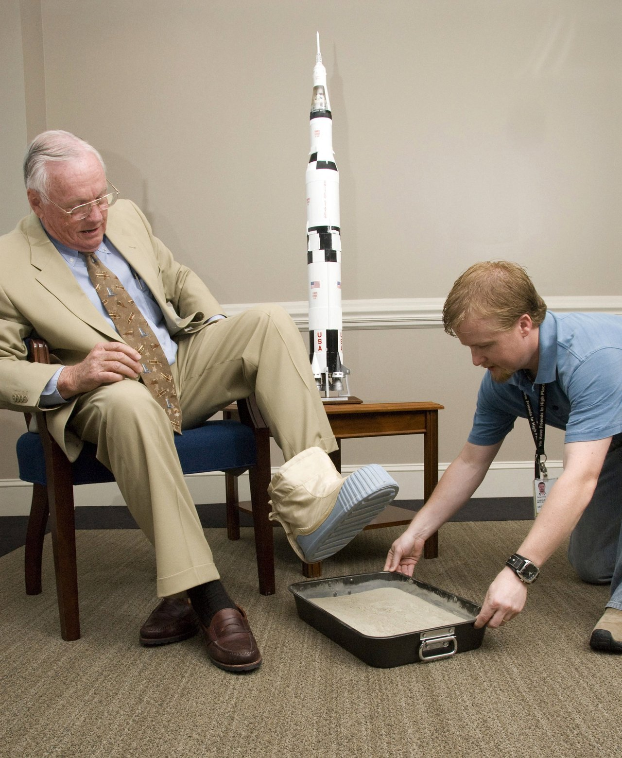 jump-suit:  spacewatching:  Among several other NASA dignitaries, former astronaut Neil A. Armstrong visited the Marshall Space Flight Center (MSFC) in attendance of the annual NASA Advisory Council Meeting. While here, Mr. Armstrong was gracious enough to allow the casting of his footprint. This casting will join those of other astronauts on display at the center. [Happy 82nd Birthday Neil - ed]  This photo is excellent.  I MISS HIM SO