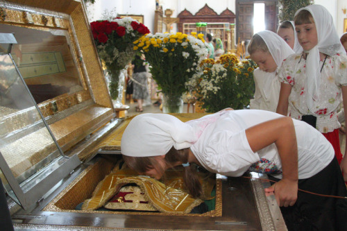 orthodoxwayoflife:  Orthodox Christian believers