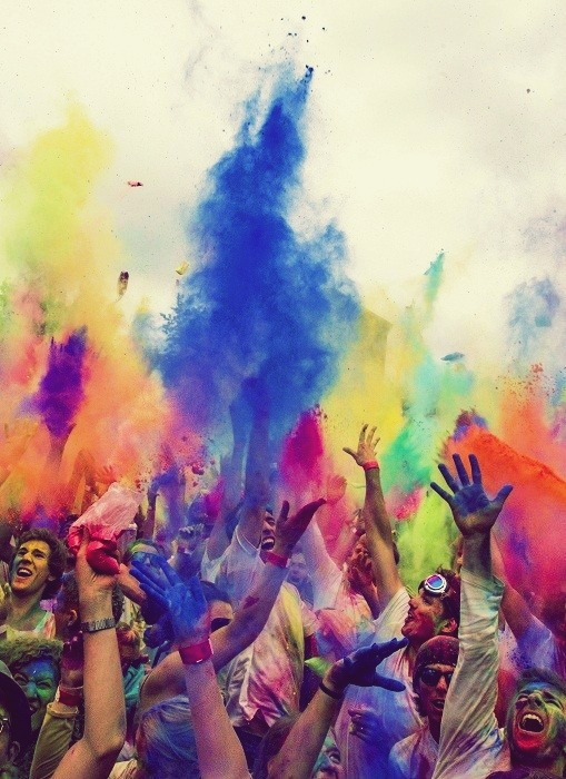 ridingtheraves:  festival of colors