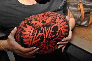 Slayer titties :D