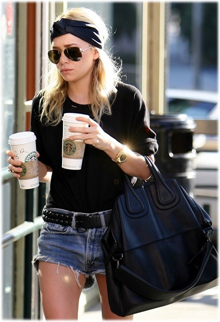 A sturdy black hobo bag is a necessary wardrobe staple.