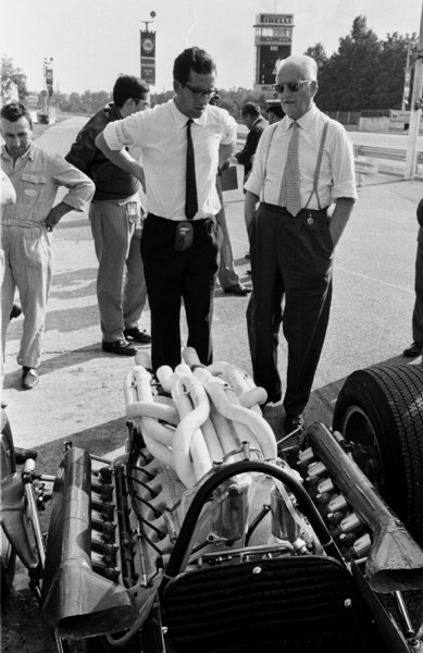 itsawheelthing:  what we miss … V12'sMauro Forghieri & Enzo Ferrari standing beside a Ferrari 312/67 at Monza, 1967 Italian Grand Prix