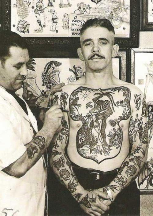 (via Voice Your Temper - Vintage Tattoo Photographs)