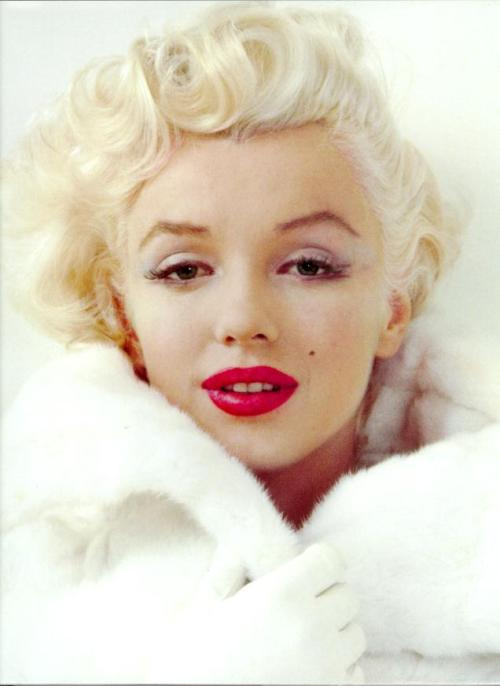 Today marks the fifty year anniversary of the tragic death of Marilyn Monroe. Click the photo above to see the original NBC obituary which recounts her life, her loves and the sad last days of this Hollywood icon.