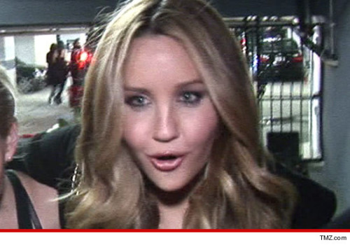 "kindafabulous:  AMANDA BYNES Accused of Yet Another HIT & RUN Should I call up my insurance agent and add in a special ""Amanda Bynes"" coverage clause just in case you guys???"