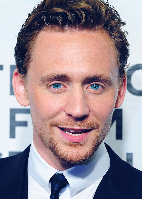 skijumpsally:  tomhiddlestonisavampire:  hopelesslyhiddled:   Amazing Eyes (6)  I THINK THIS IS THE MOST AMAZING TOM PICTURE I'VE EVER SEEN. I DON'T KNOW WHAT IT IS ABOUT IT HOLY FUCK I CAN'T STOP LOOKING AND MY MOUTH DROPPED OPEN WHEN I SAW IT ON MY DASH HOLY SHIT.  Im ready to die! omg!! Tom why are you so perfect!…… Those eyes….. that lovely smile….. aaaahhh I can't…  Those fucking eyes are unreal!