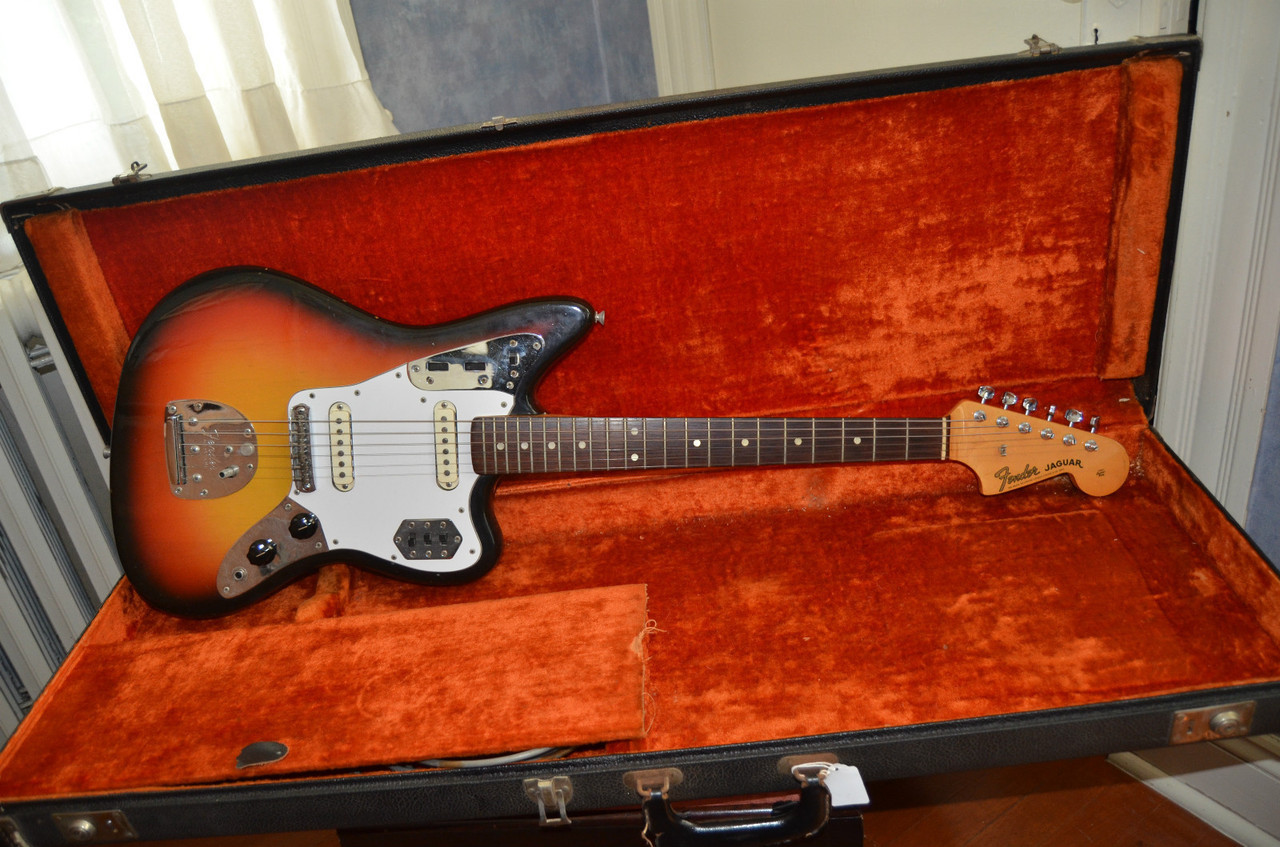 1965 fender jaguar on ebay….want it.  unweak.  guess the tuners are not originals but everything else is (though kind of doubt the pickguard is but the white is sweet)