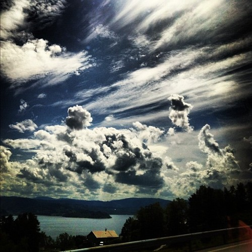 #clouds #heaven #sky #norway #ontheroad #hordaland #nature #beautifull #spectacular (Taken with Instagram)