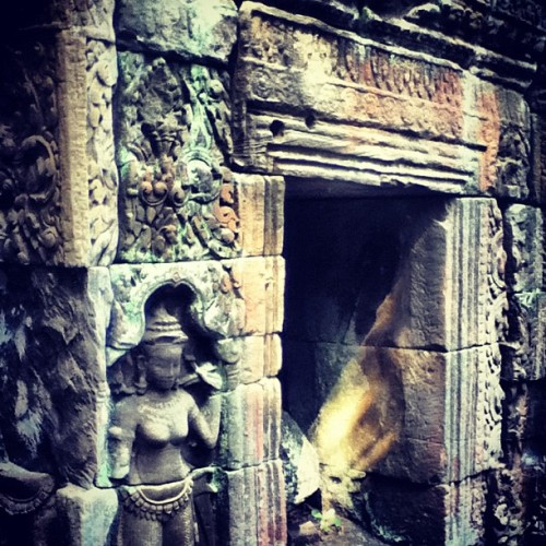 agrades:  #Cambodia #ruins #Angkor #architecture (Taken with Instagram)