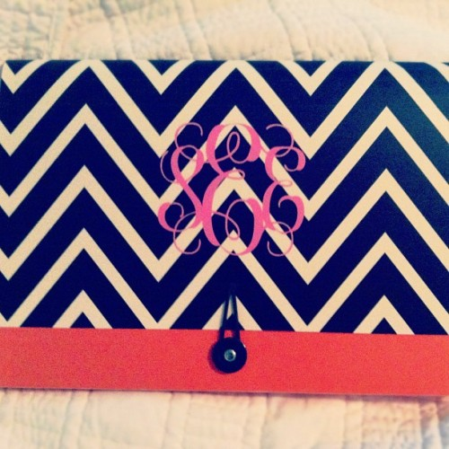 sarahbelle93:  How cute is my new file folder for school?! Seriously, Target is my obsession. #chevron #monogram (Taken with Instagram)