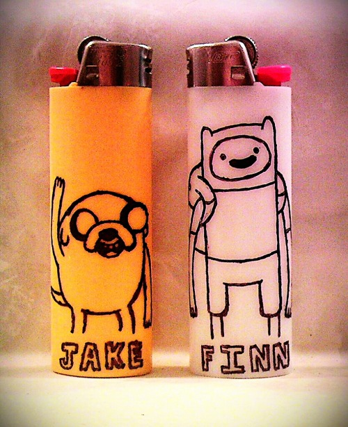 psychedelicpixels:  I decided to have a go at the Finn & Jake lighter art. Normal style.