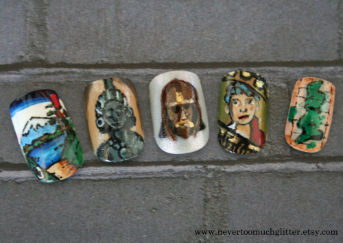 Nails featuring various items from the British Museum in London.