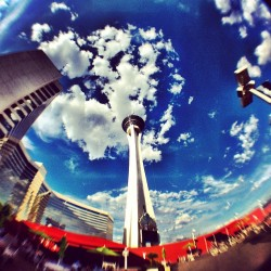 Las Vegas stratosphere #stratosphere #vegas #sky #clouds #cloupporn #skyporn #eyekandy #amazing #high #tall #vacation #fun #sightseeing (Taken with Instagram)