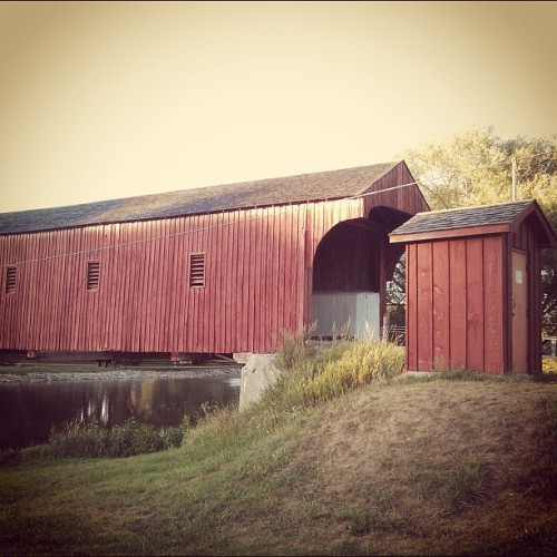 #westmontrosecoveredbridge #coveredbridge #kissingbridge  (Taken with Instagram)